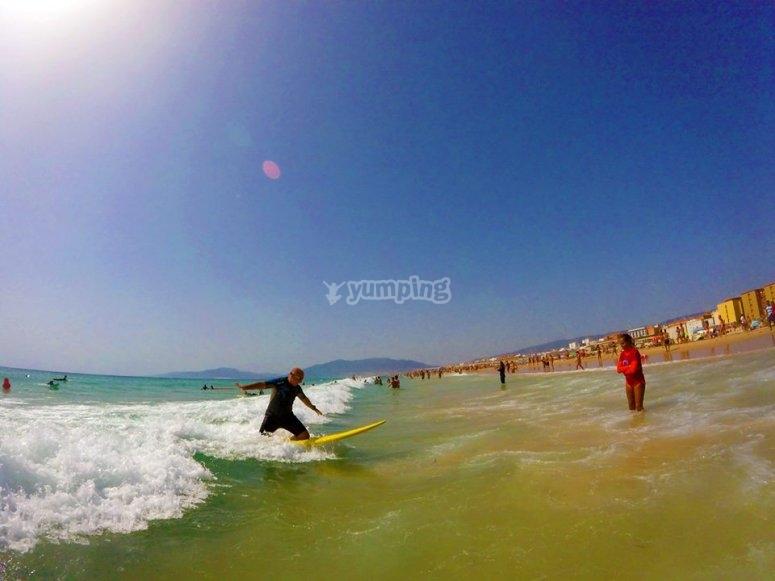 加的斯冲浪课程