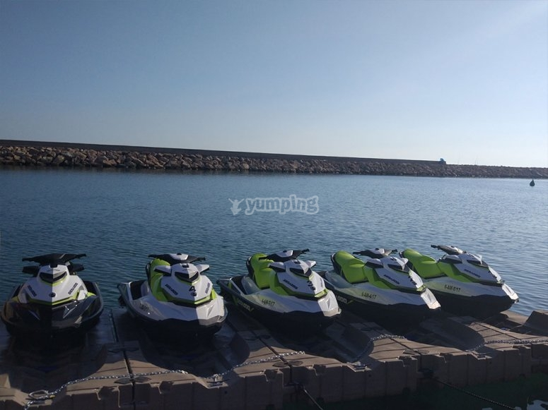 Nuestra floto de motos de agua