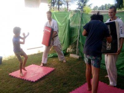 Campamento artes marciales e inglés Getaria 7 días
