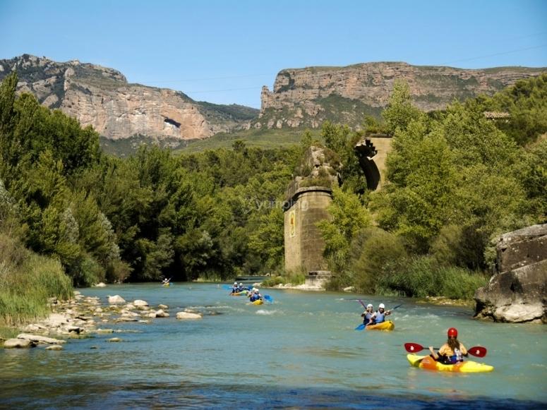 Canoa en familia río Gállego