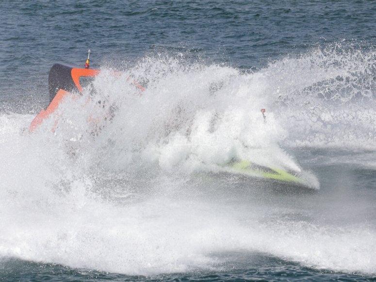 Speed boat en Girona