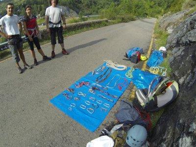 Curso escalada deportiva en roca Pirineos 2 días