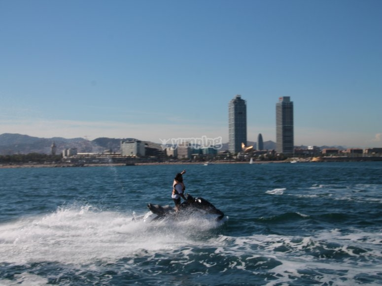 Recorre la costa barcelonesa