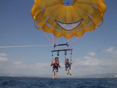 2个滑翔伞和喷气滑雪包40分钟巴塞罗那