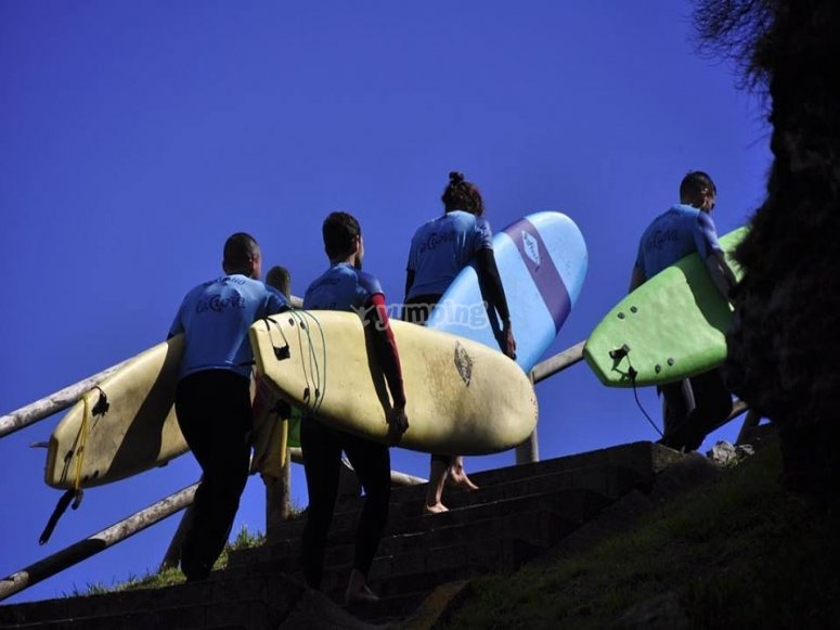 Going up with the surfboards