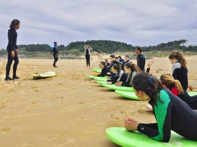 Curso de surf en spots de Loredo 7 días 14 horas