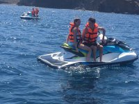 Moto de agua en isla de Lobos