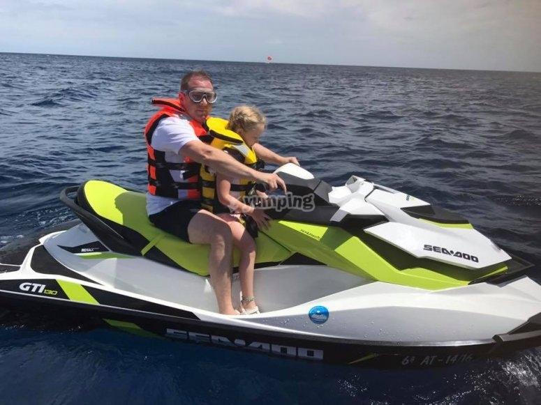 兰萨罗特岛的摩托艇