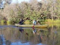 A bordo de la canoa por el río Tera