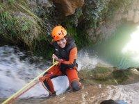 Rapeleando la cascada del barranco