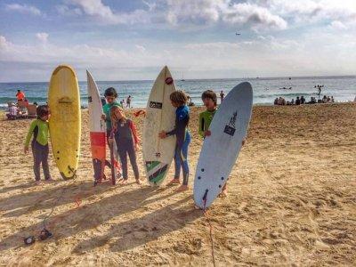 Campamento de día con surf en Barcelona 1 semana