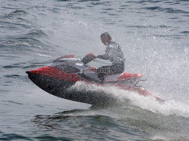 Water splashing with the jet ski