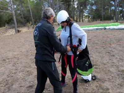 Vuelo parapente alta montaña Sierra Madrid y vídeo