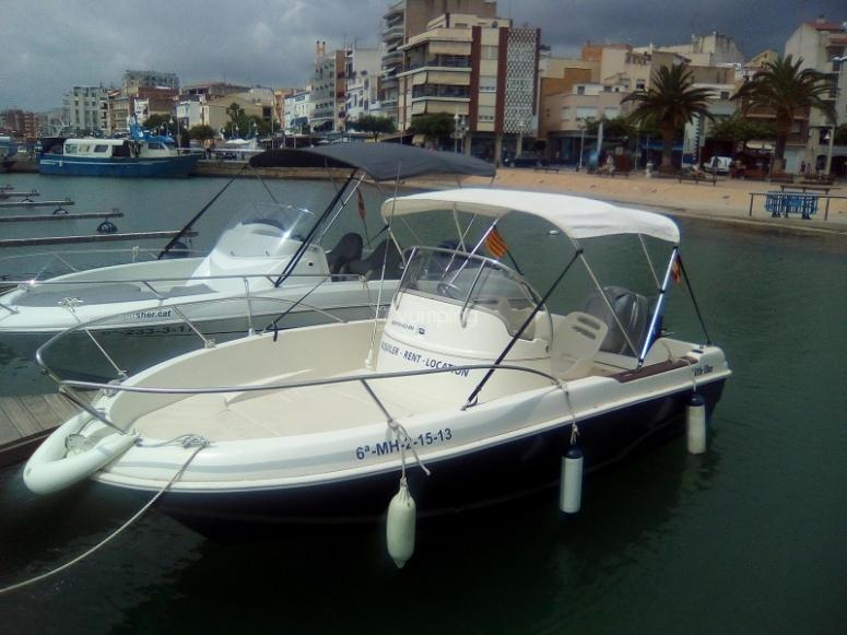 Barco preparado para salir
