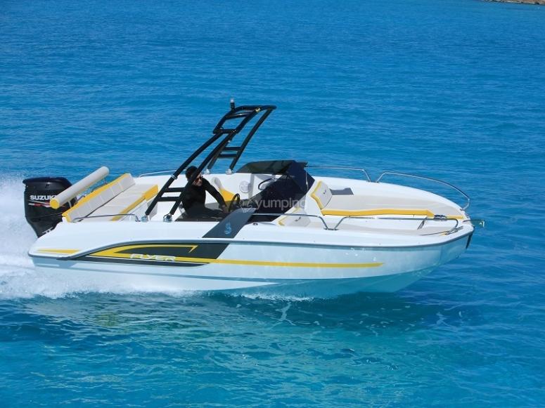 Travesia en lancha Flyer Sport l Ametlla de mar