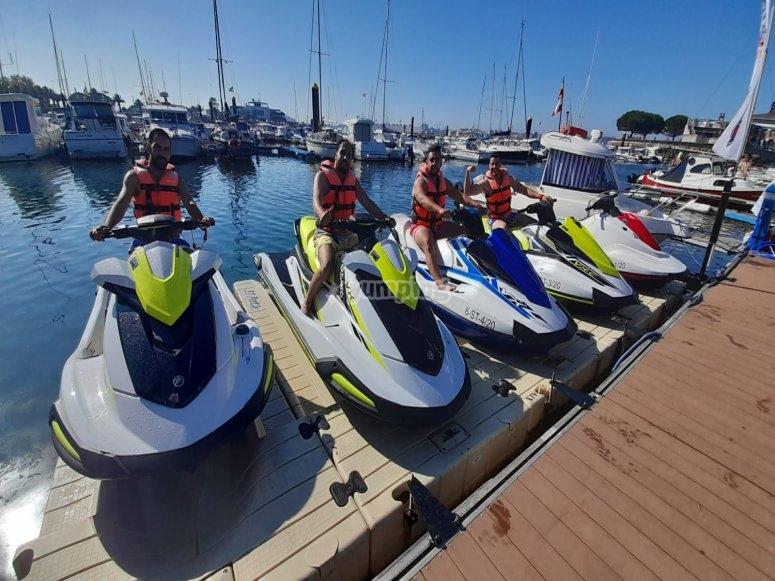 Sobre las motos de agua en el puerto de Santander