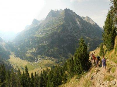 Meridiano Cero guias de montaña Senderismo