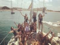 在加的斯的一艘帆船上单身派对8小时
