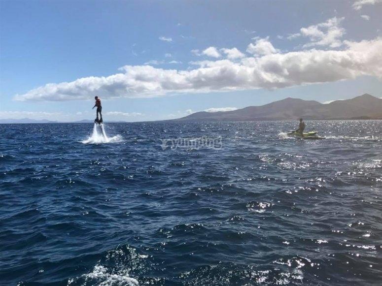 海上飞翔器
