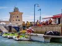 在Puerto Sherry乘坐水上摩托车游览1小时