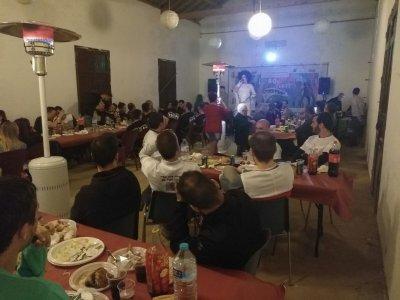 Capea与食物和晚餐SanMartíndela Vega 16h