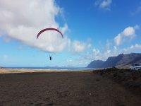 Aterrizando en parapente