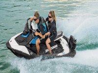 Adrenalina sobre la moto de agua
