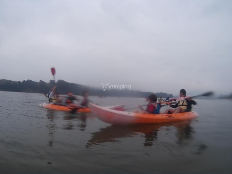 Kayak en el cantabrico