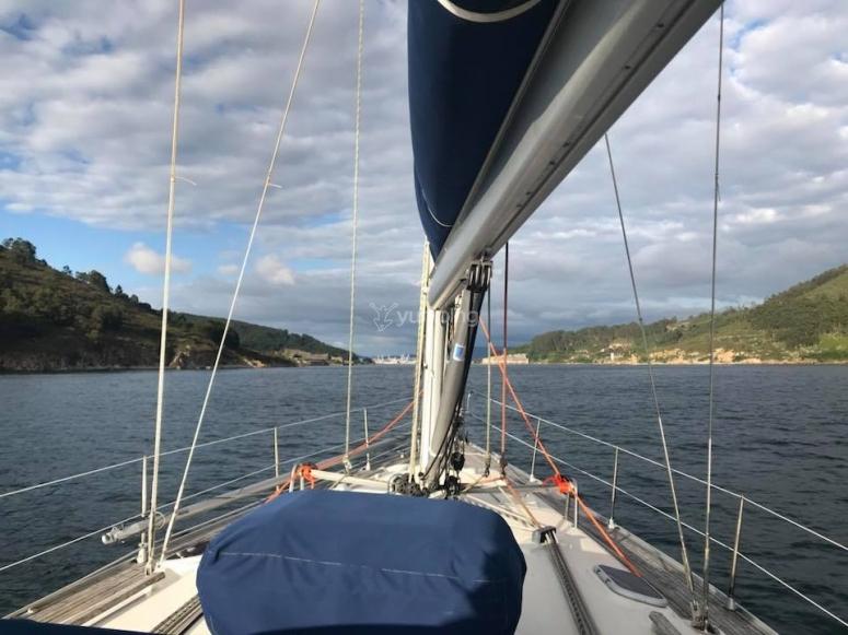 Cubierta del velero en Galicia