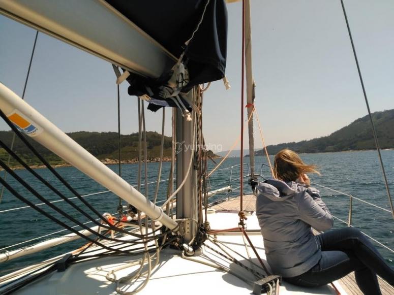 在帆船上看地平线