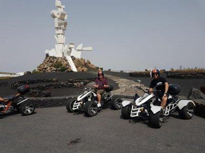 Excursión en quad hasta Playa Famara 2.30 h