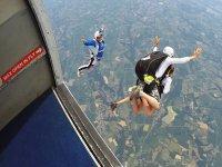 Saltando con el profesor desde el avión