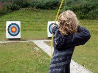 Lanzando flecha a la diana