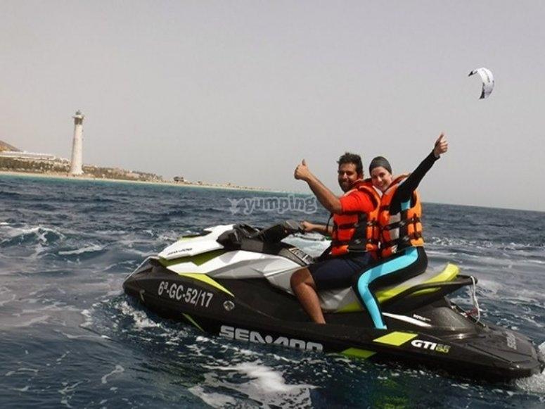 Jet ski in direction to Jandi lighthouse