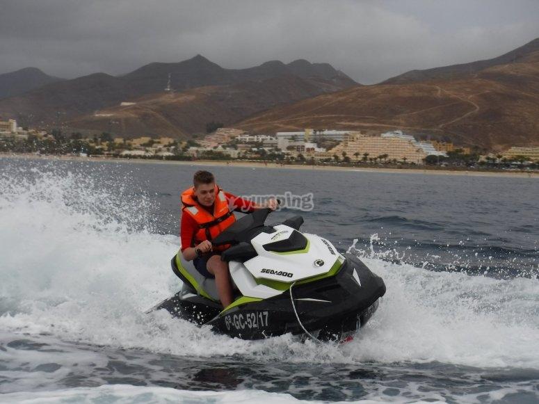Guy alone in the jet ski