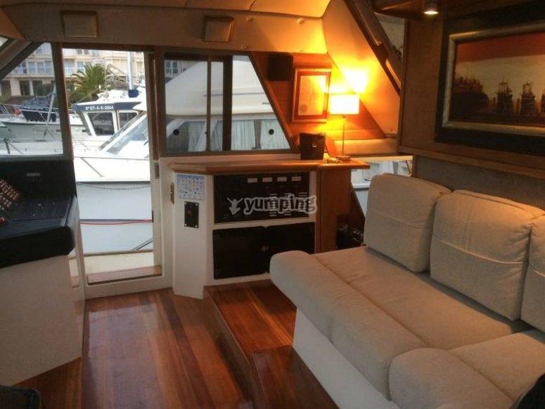 sofa en el barco