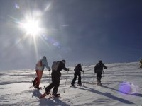 登山运动事件enventos雪地行走