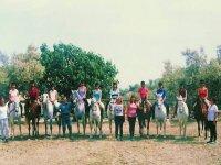 Grupo de jinetes