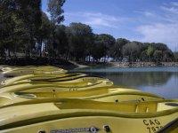 Canoas en el embarcadero