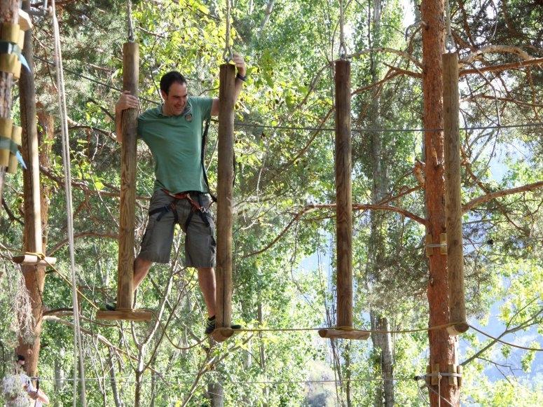 Actividad en Bosque Vertical