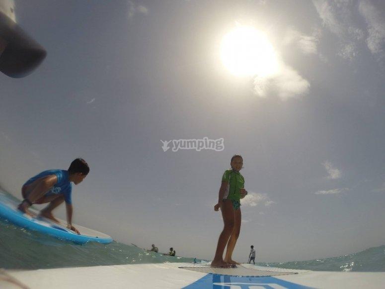 Practicando paddle surf