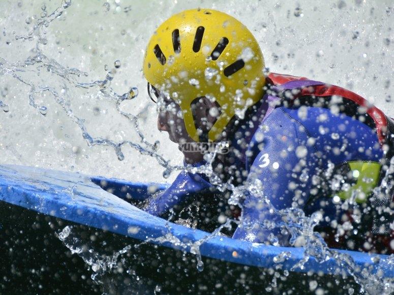 Hidrospeed en rio Gallego