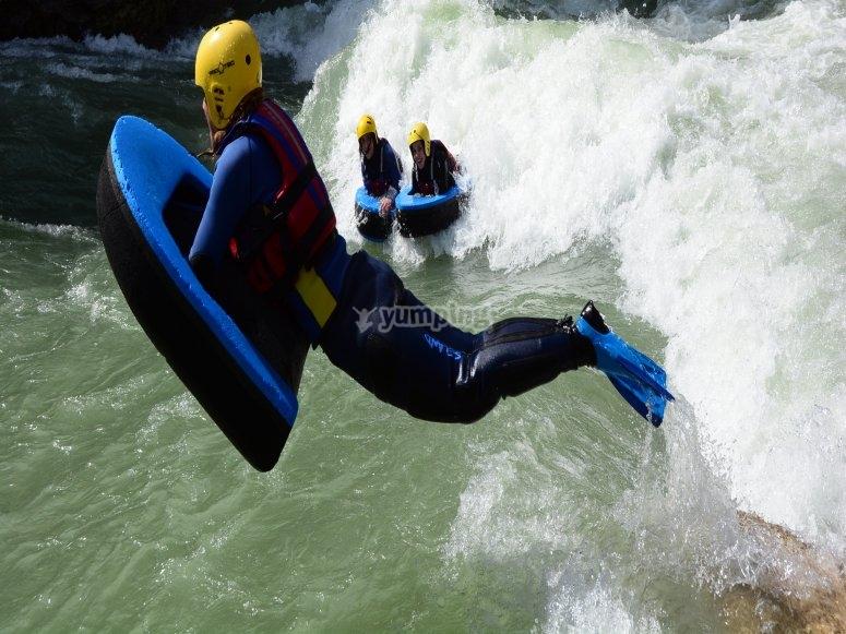 Salto en hidrospeed