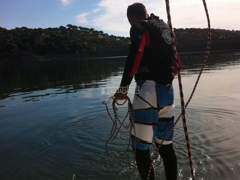 Preparando el material desde el barco