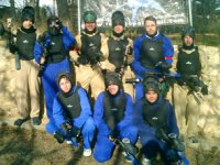 Grupo de paintballeros