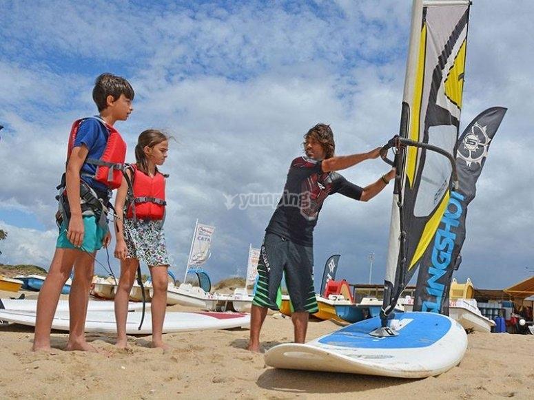 Aprendiendo a hacer windsurf