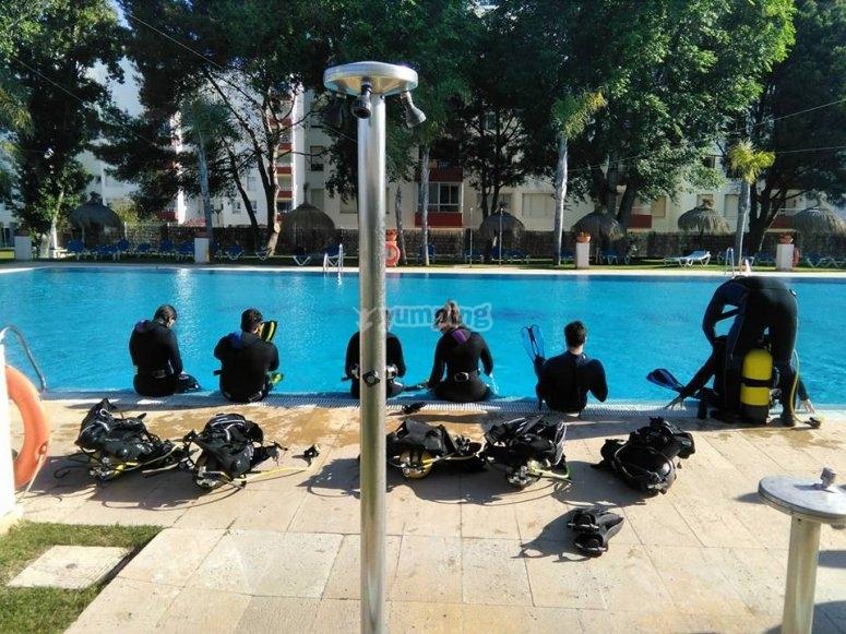 equipo de buceo preparado