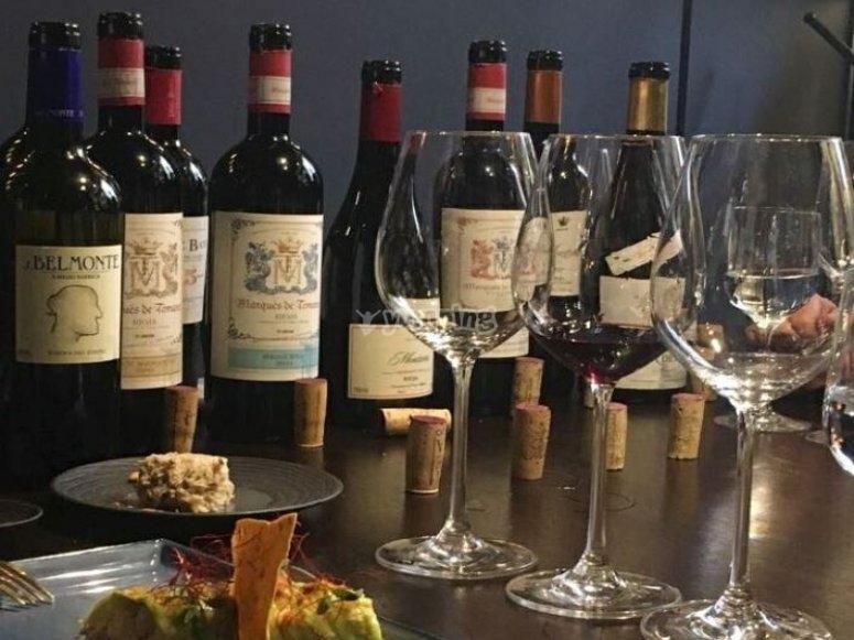 Cata de vino y degustacion de productos tipicos
