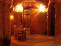 Entrada interior de la bodega