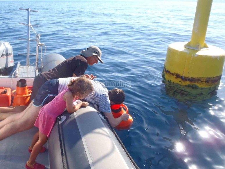 Con el visor submarino